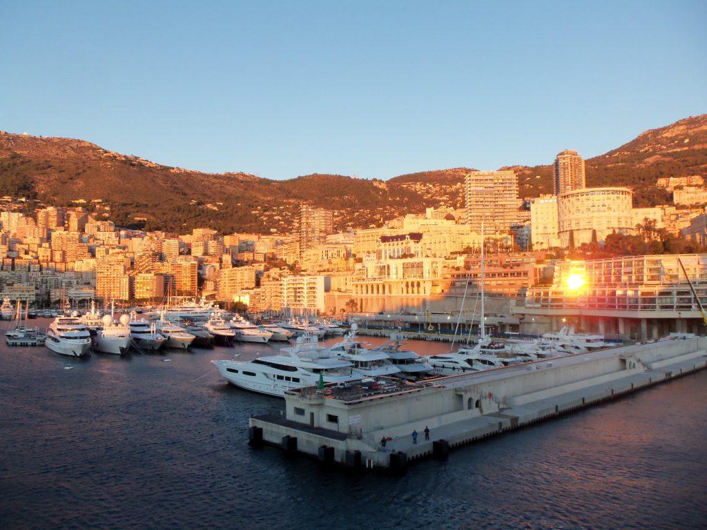 ピースボート71回クルーズ36日目:9ヶ国目モナコとエズ村