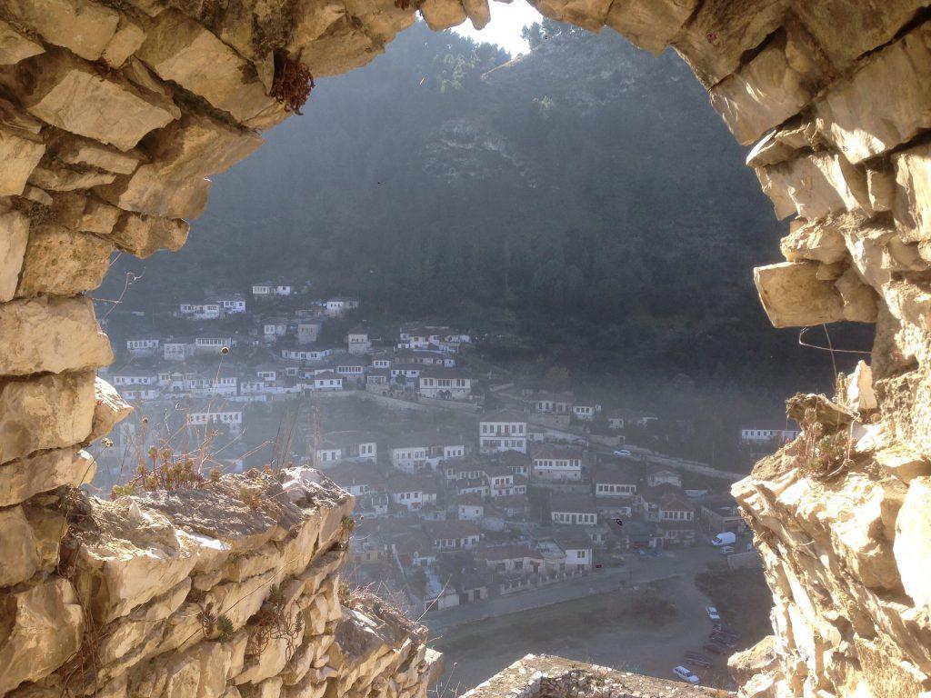 【ヨーロッパ最後の秘境】アルバニアの世界遺産ベラトに行ってきた