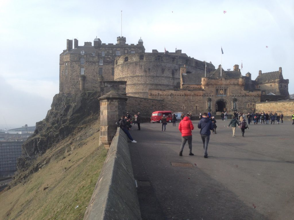 世界3周目。スコットランド、エディンバラの色々。国立博物館やアーサー王の玉座など 2/16